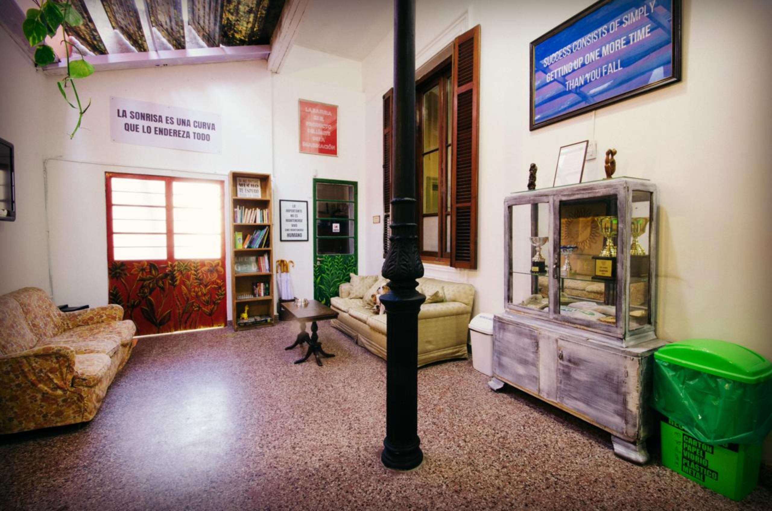 HOSTEL - Eco House