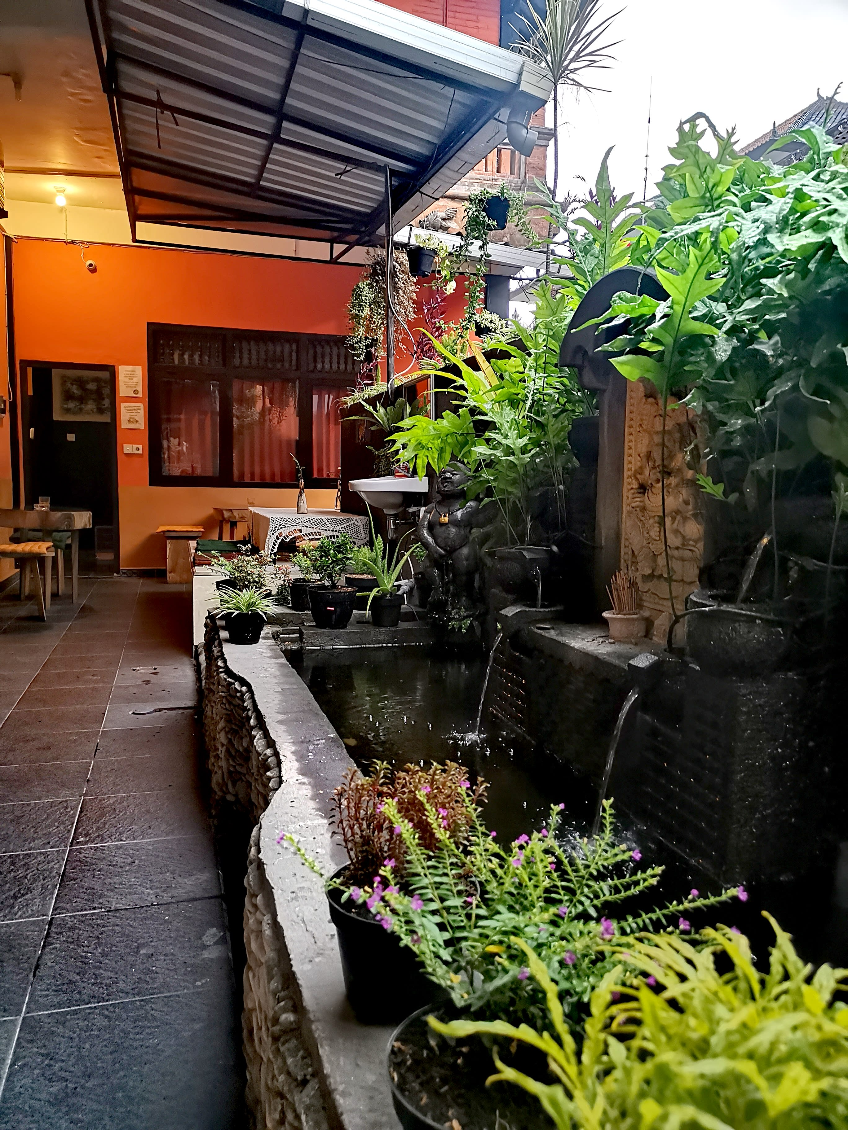 HOSTEL - Backpackers Home Ubud