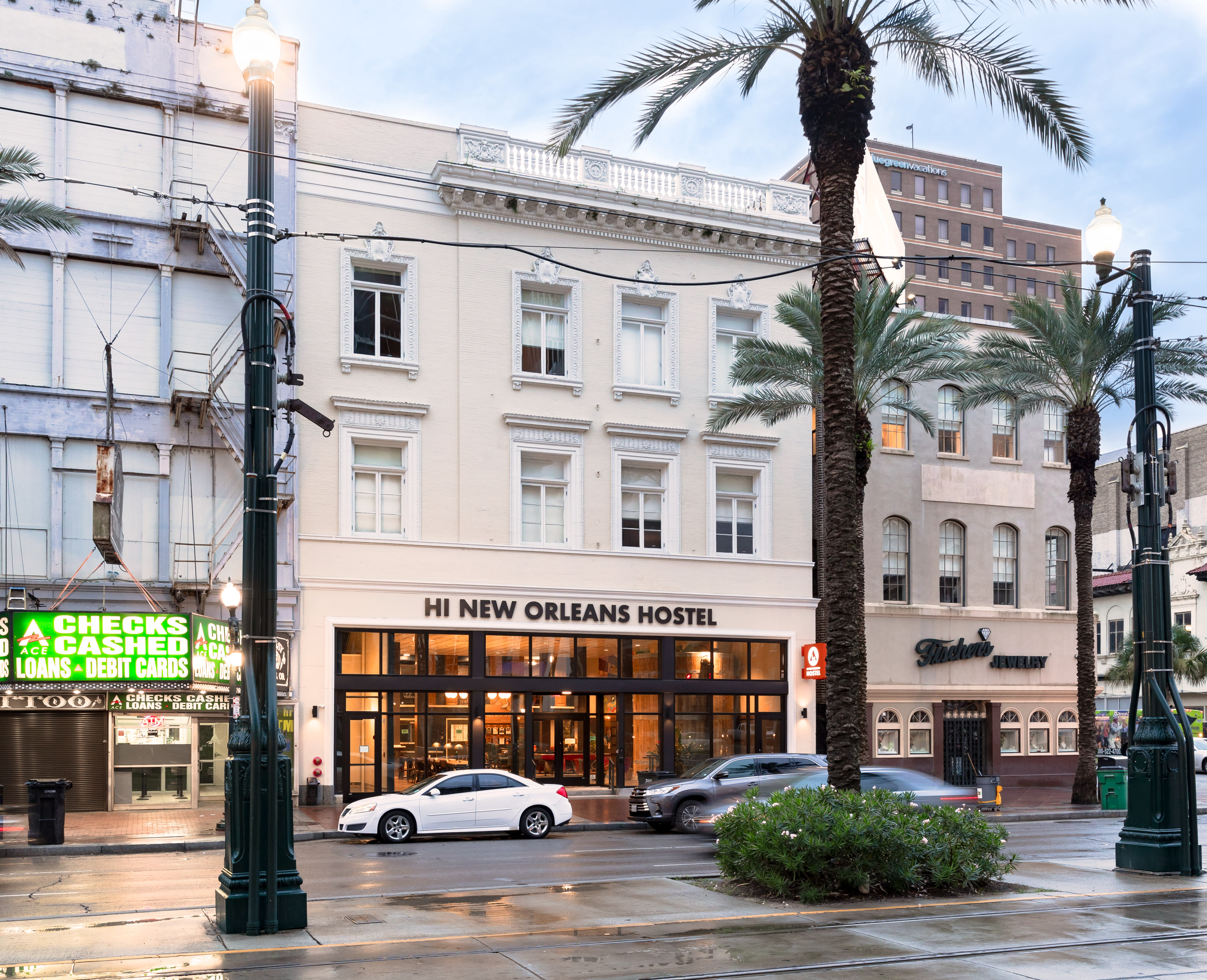 HOSTEL - HI New Orleans