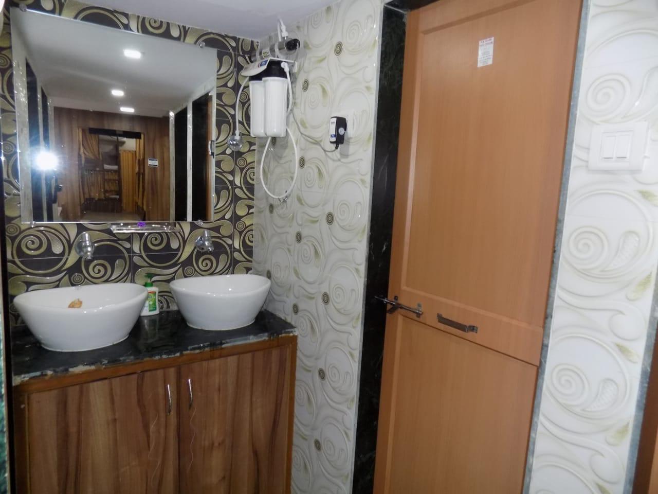 HOSTEL - Metro Inn Dormitory