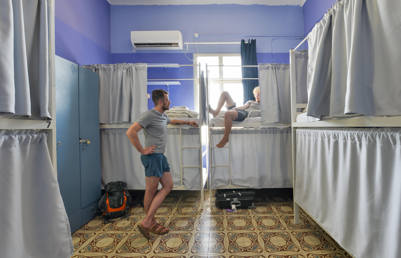 HOSTEL - Caravan Hostel By Roger