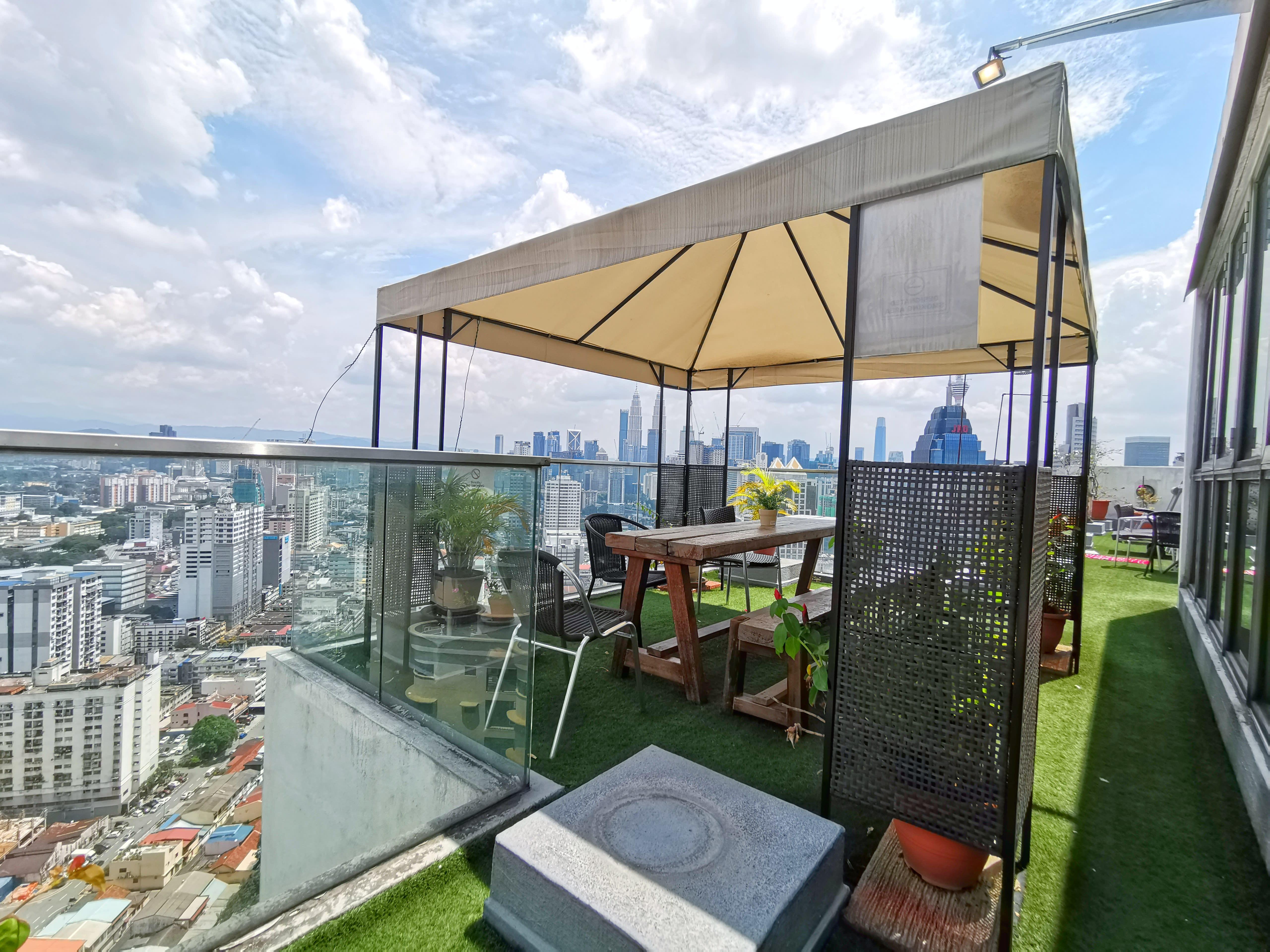 HOSTEL - Penthouse on 34-The Highest Hostel in Kuala Lumpur