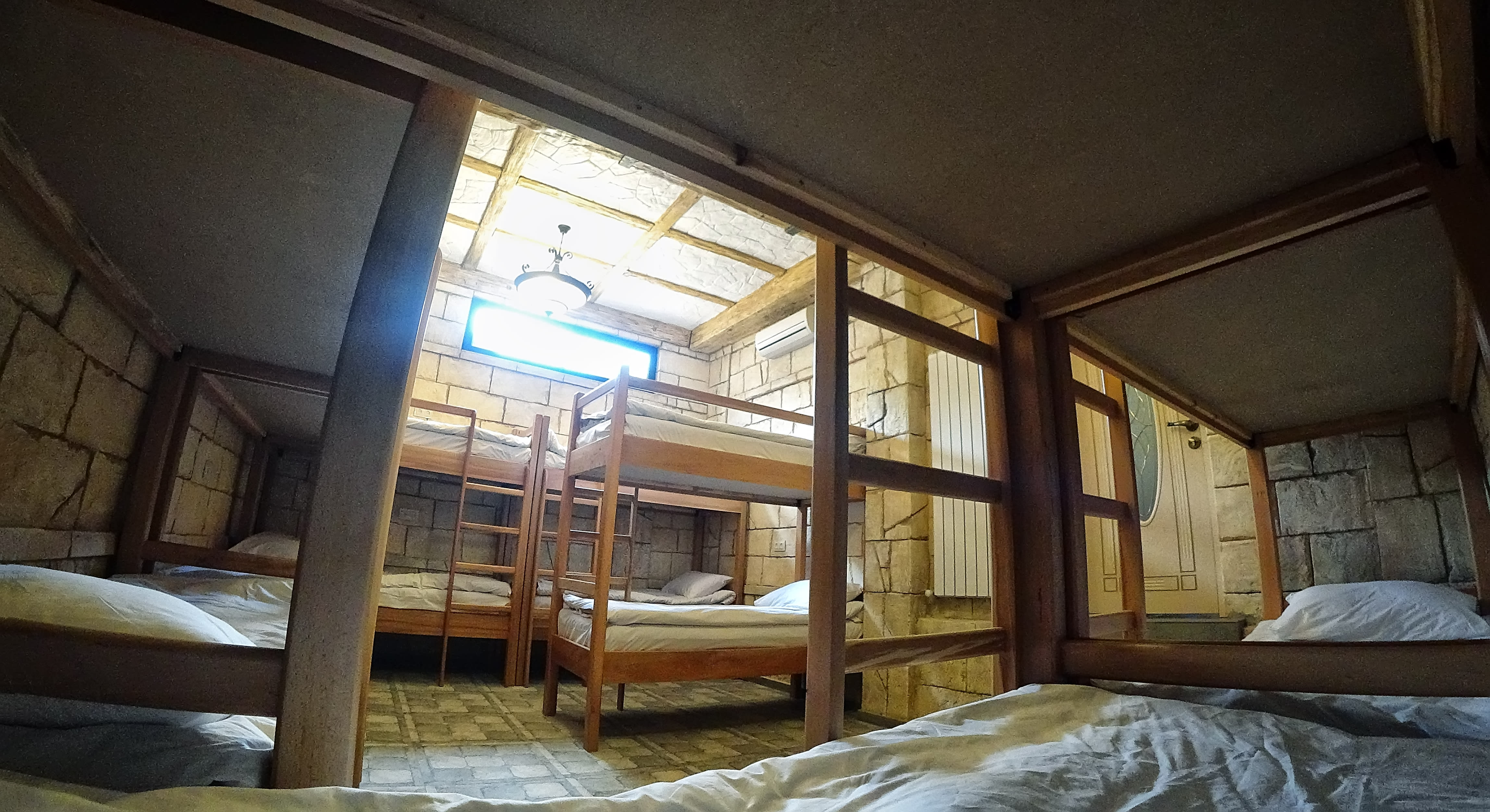 HOSTEL - Retro Hostel & Tours
