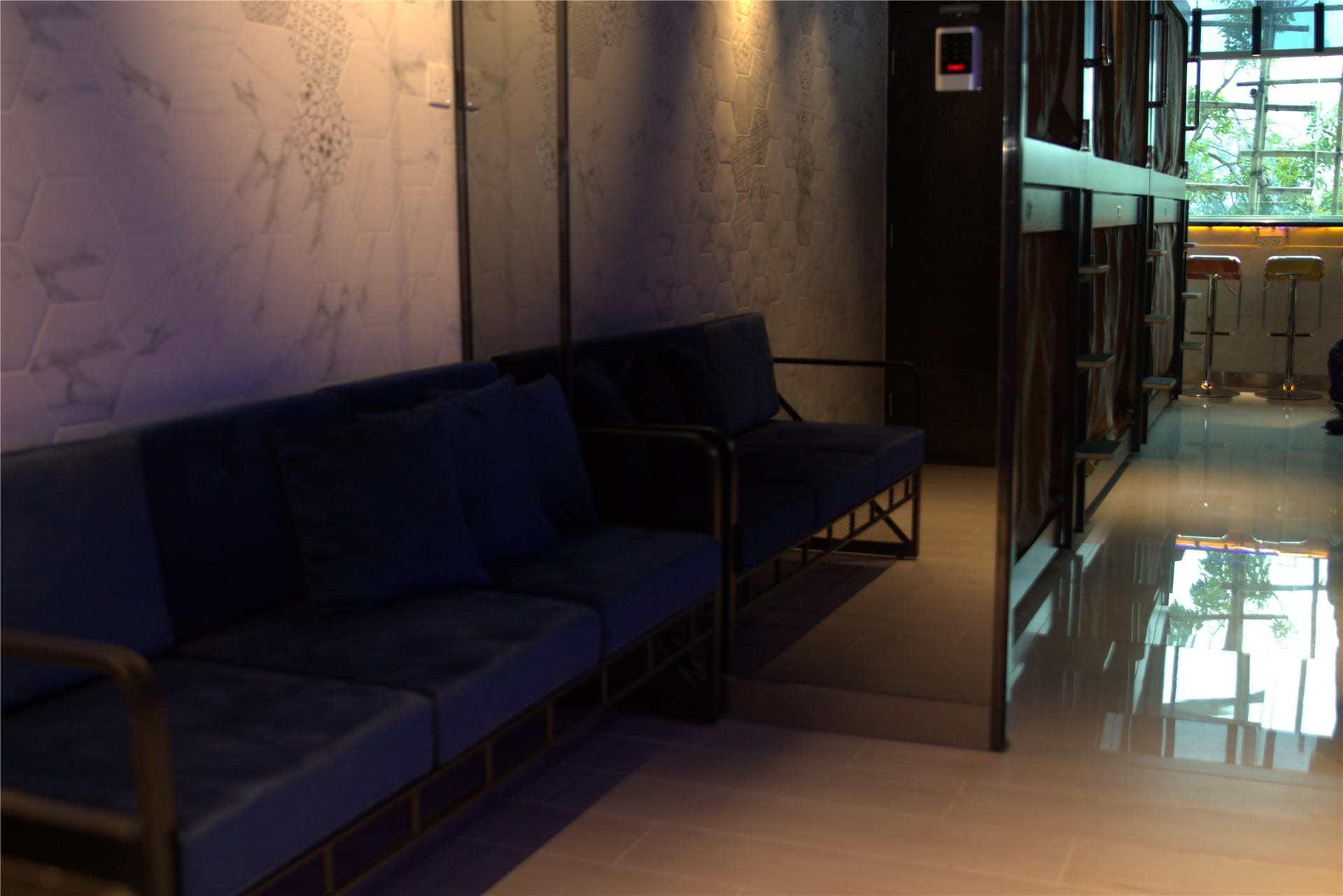HOSTEL - Snooze Capsule Hotel