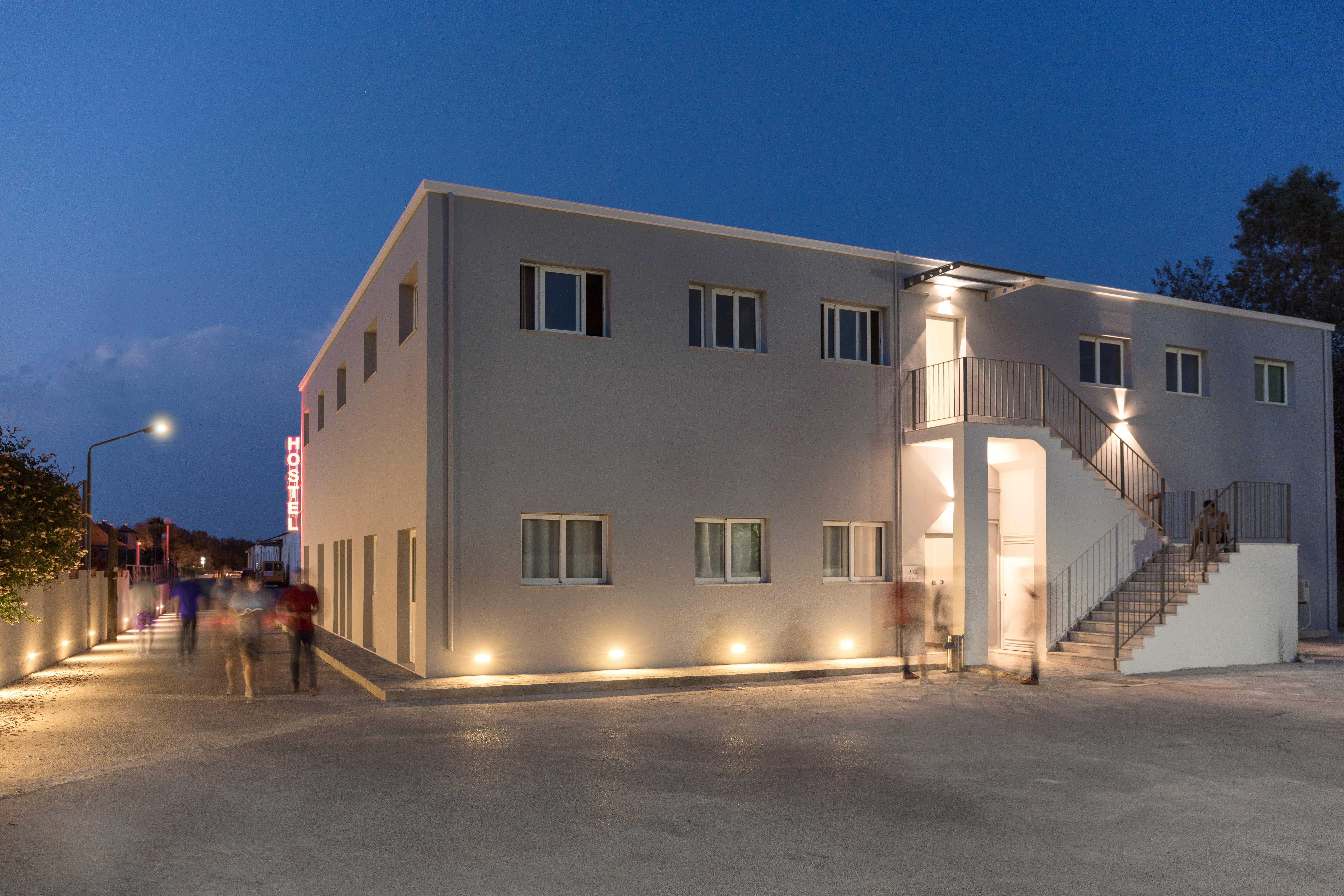HOSTEL - Local Hostel and Suites Corfu