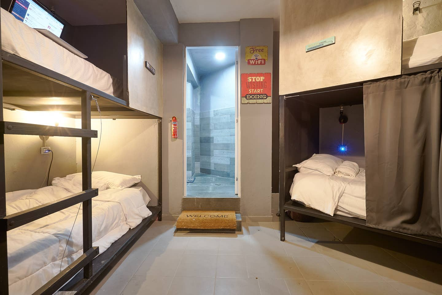 HOSTEL - Halogen Miraflores by Stand Out Hotels