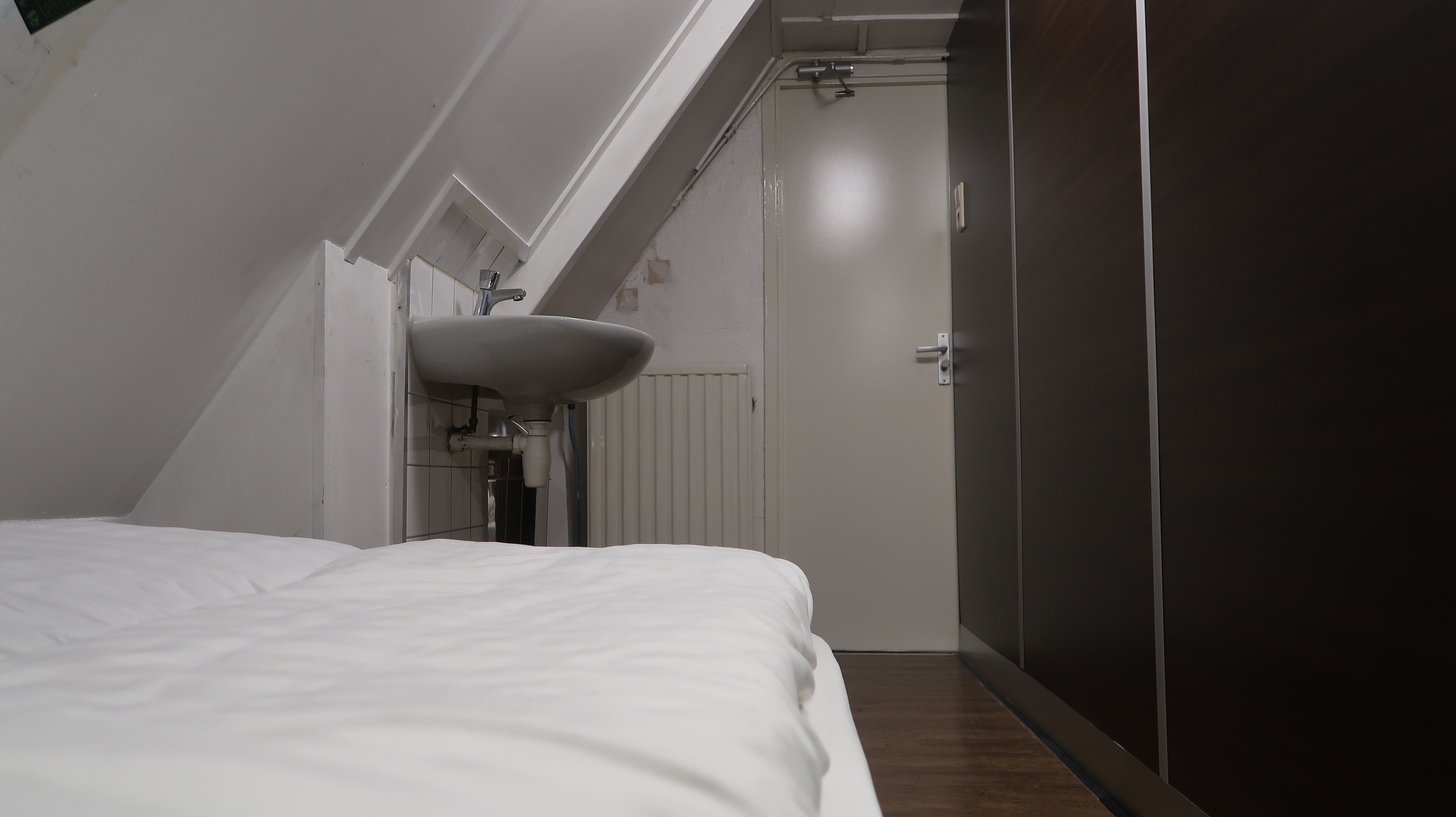 HOSTEL - Hostel Utopia