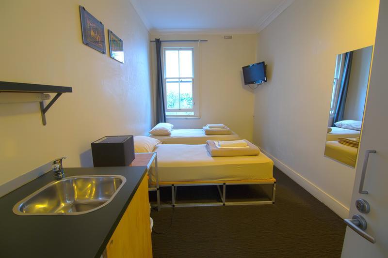 Cambridge Lodge Budget Hostel