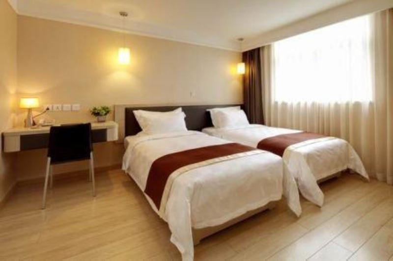 HOTEL - Ole London Hotel