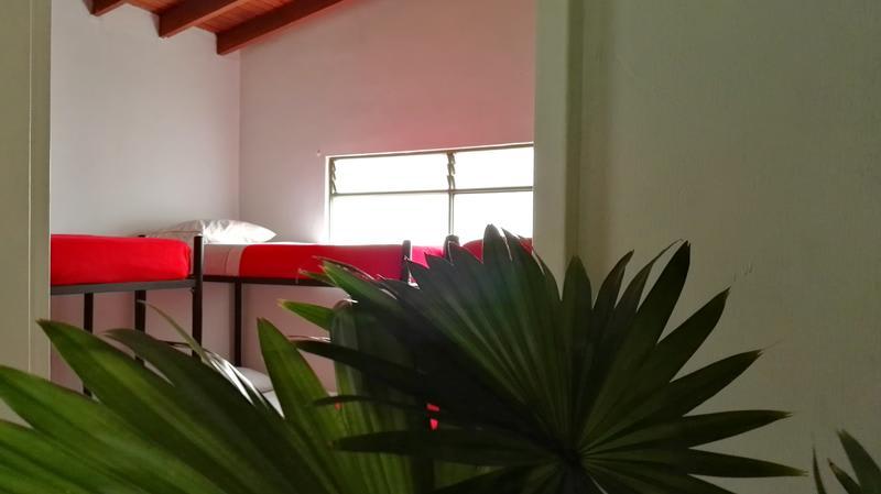 Samán Hostel