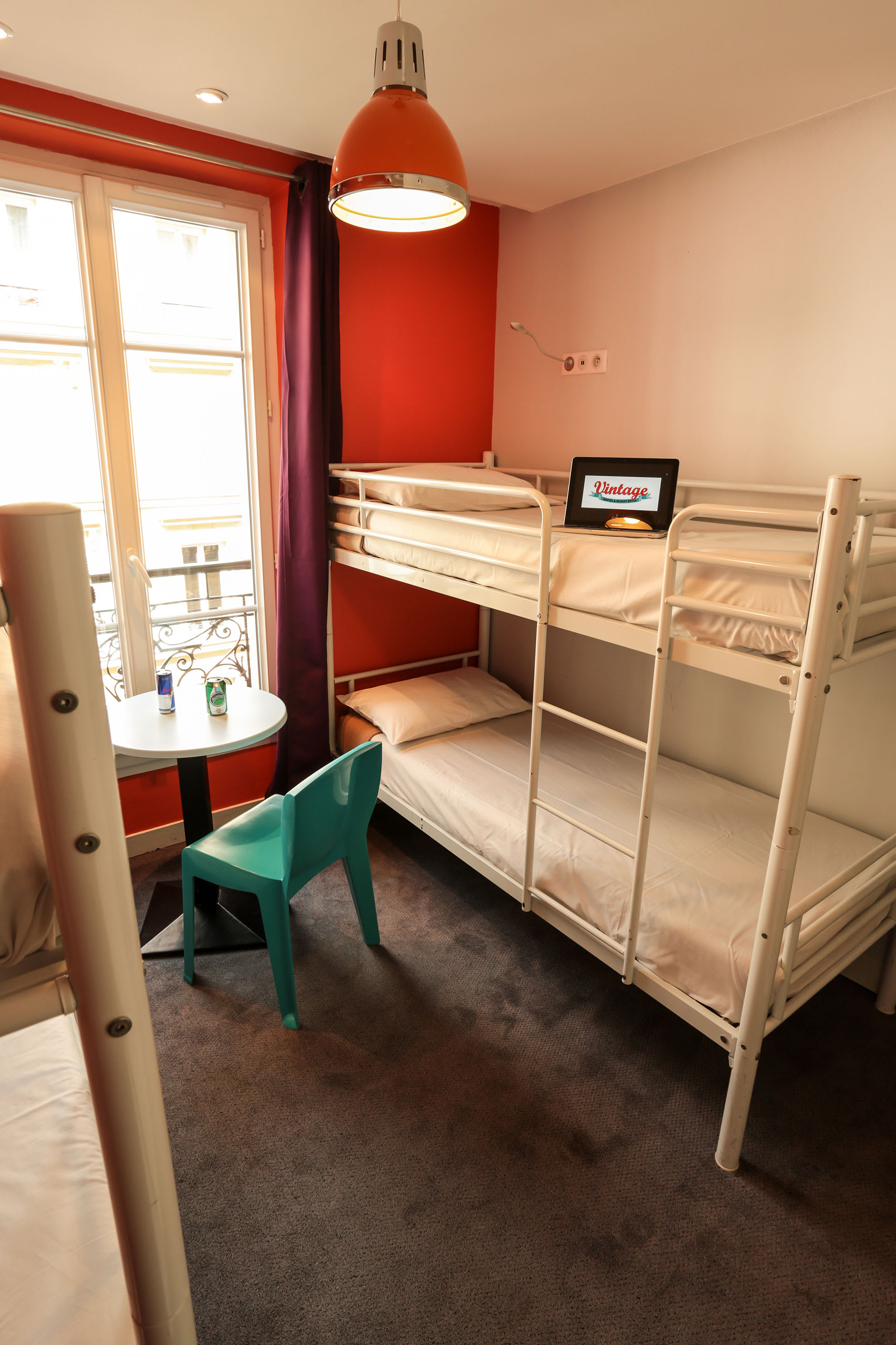 HOSTEL - Vintage Paris Gare du Nord by Hiphophostels