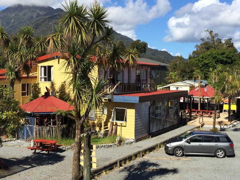 Chateau Franz Backpackers