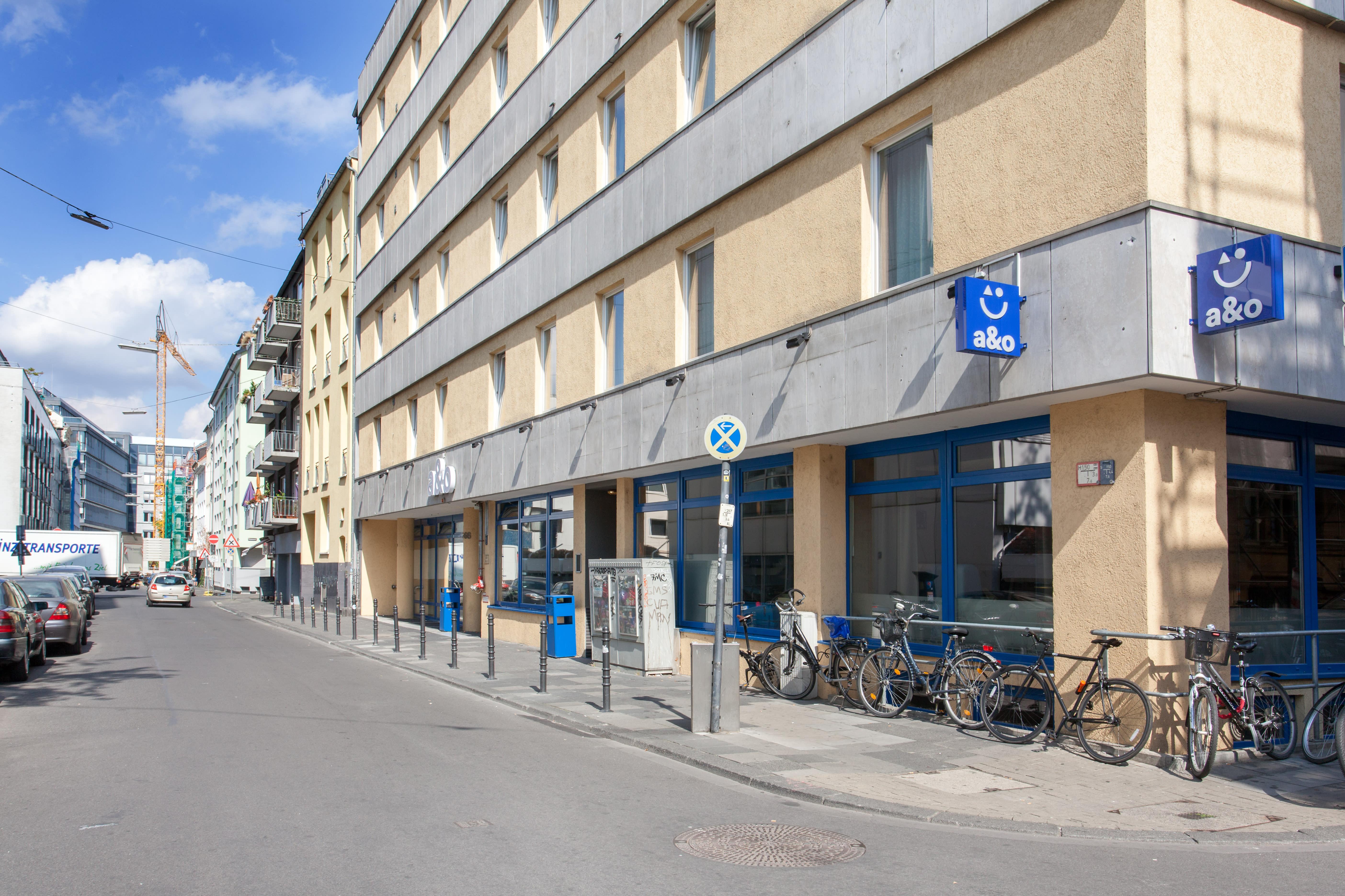 HOSTEL - a&o Köln Neumarkt