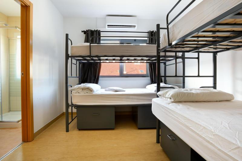 Unreal Hostel