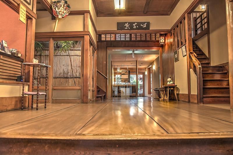 Historical Ryokan Hostel K's House Ito Onsen