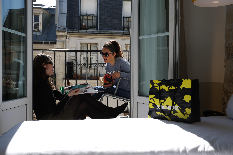 HOSTEL - Le Regent Montmartre by Hiphophostels