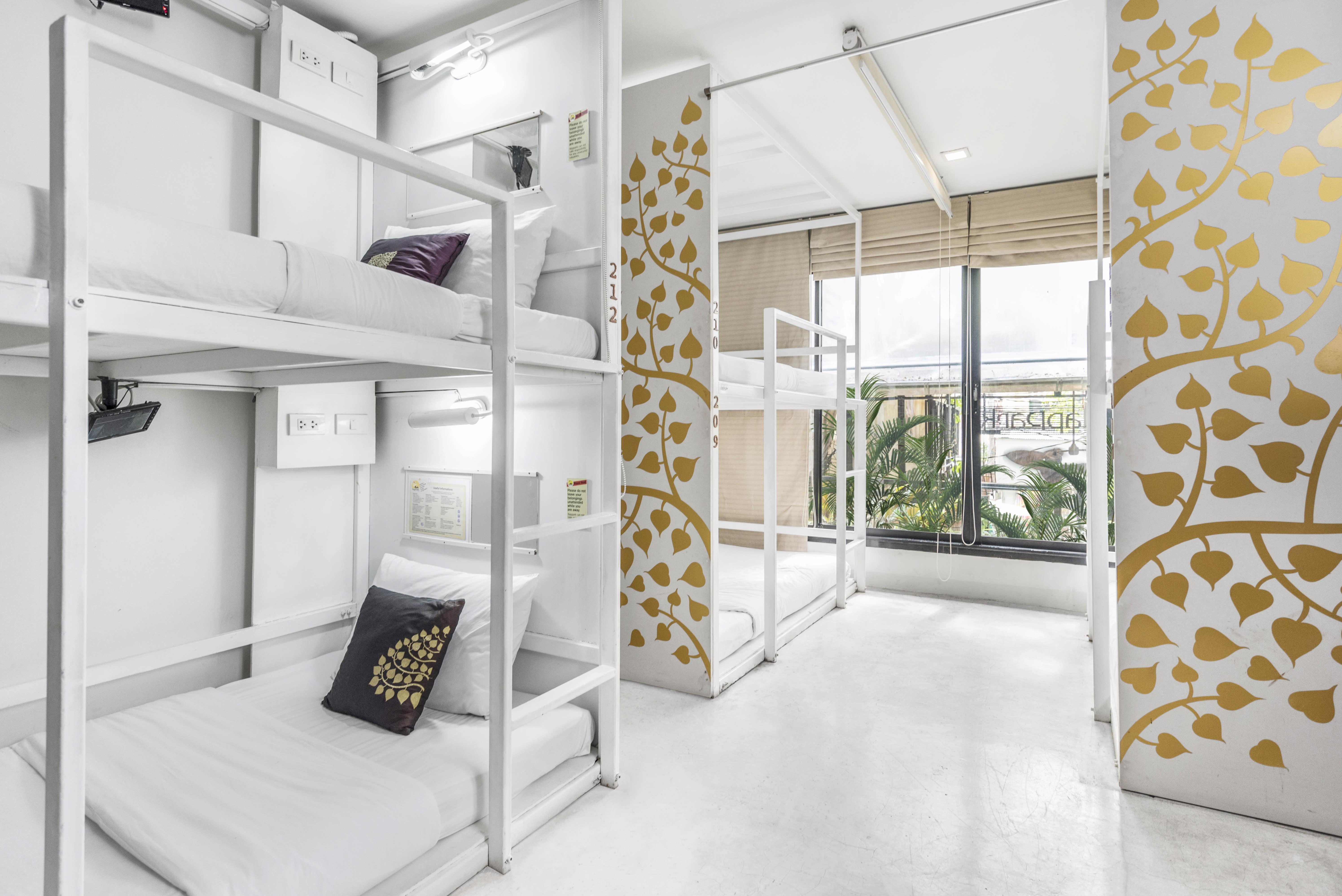 HOSTEL - NapPark Hostel at Khao San