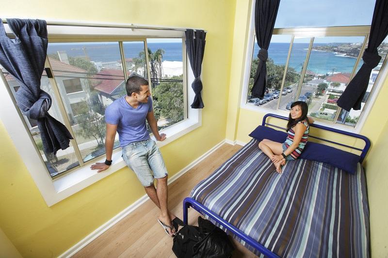 Bondi Beachouse YHA