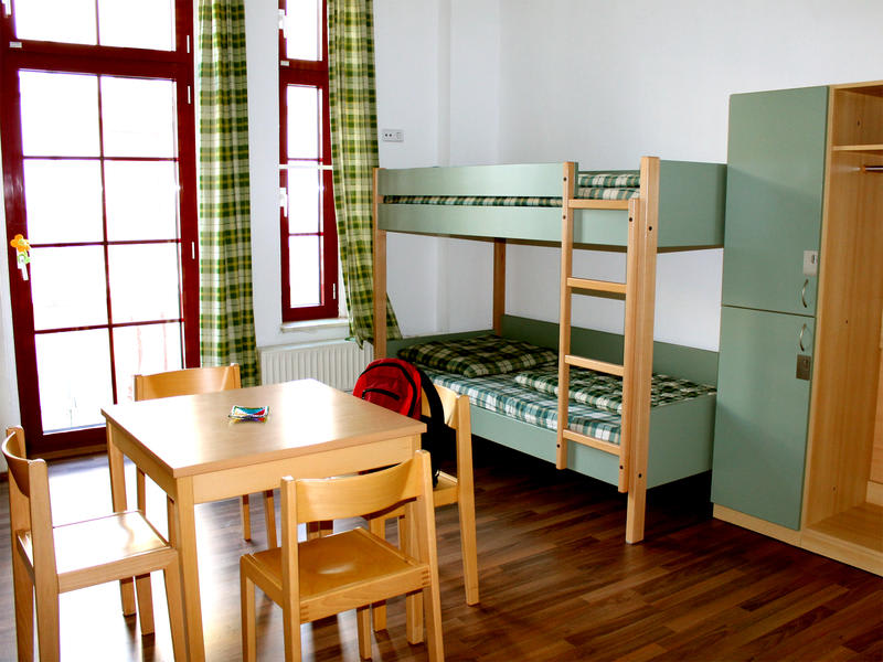 Sleepy Lion Hostel, Youth Hotel & Apartments