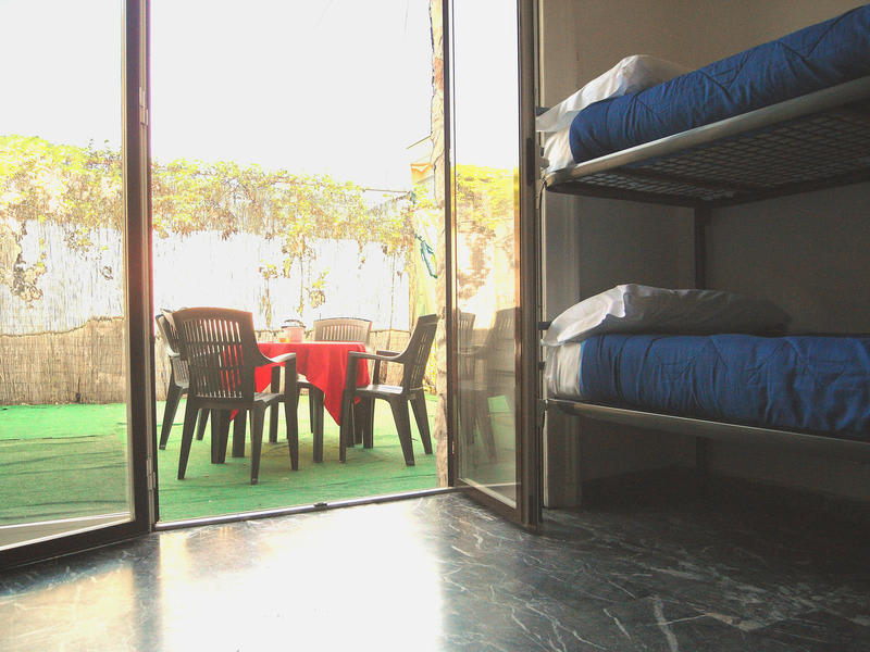 GUESTHOUSE - Hostel California