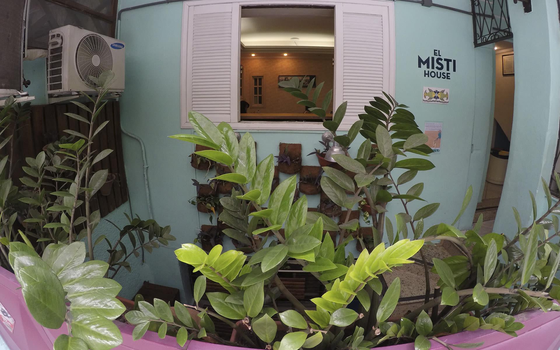 HOSTEL - El Misti House