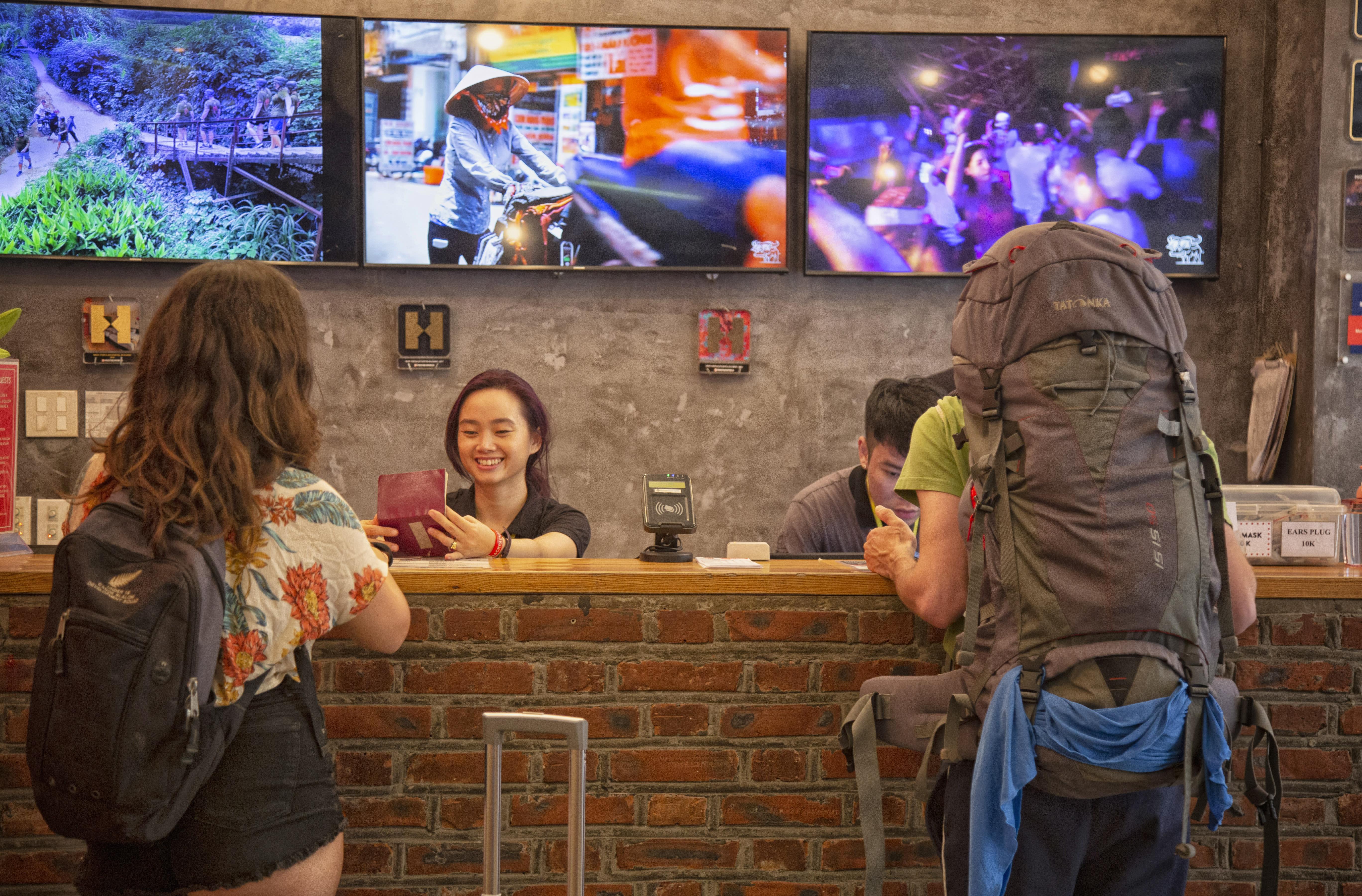 HOSTEL - Hanoi Vietnam Backpacker Hostels Downtown