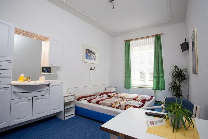 Space Hostel