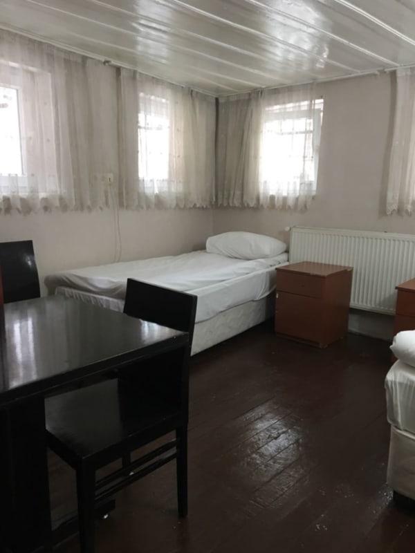 HOSTEL - Piya Hotel/Hostel