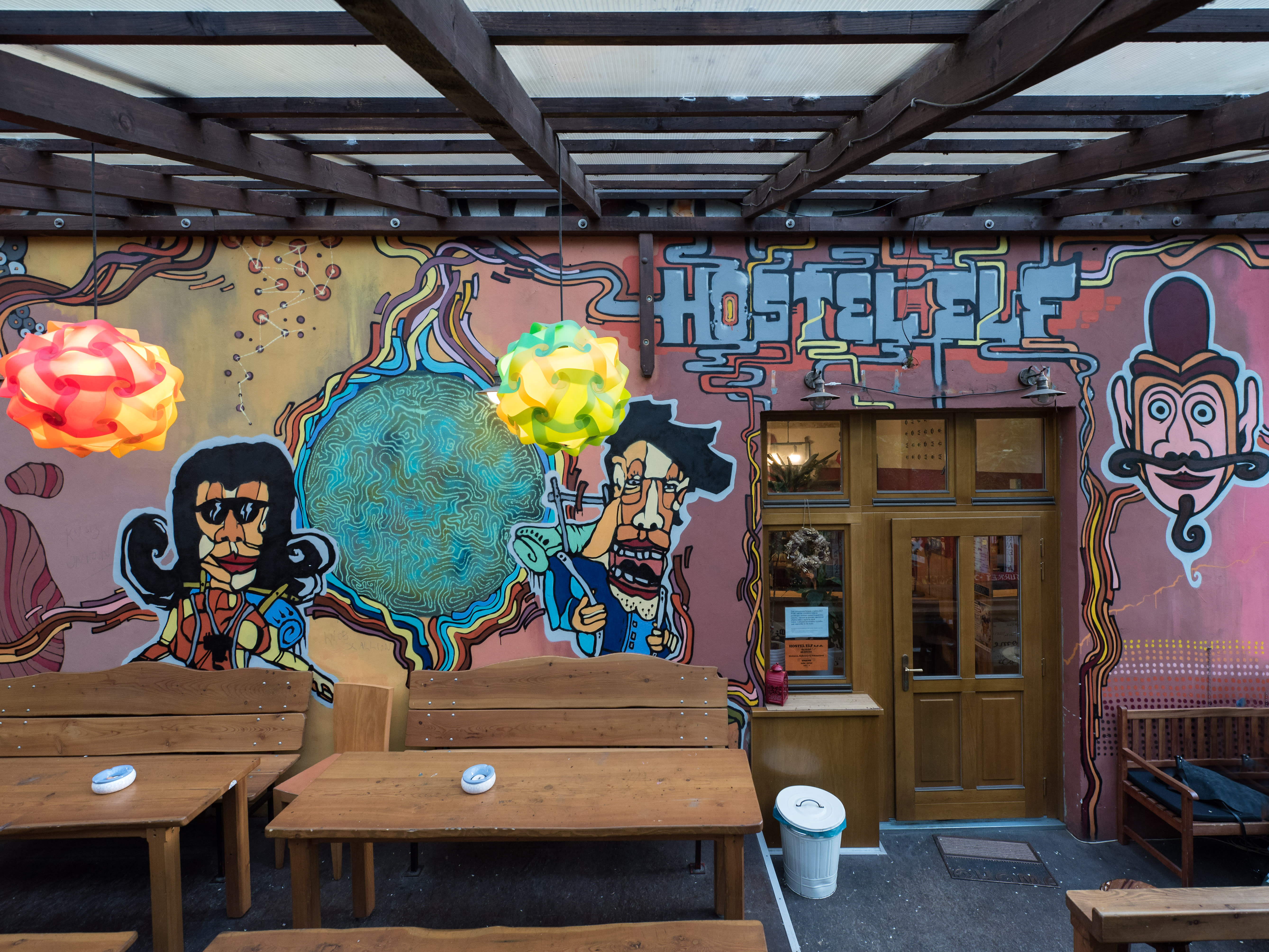 Hostel ELF