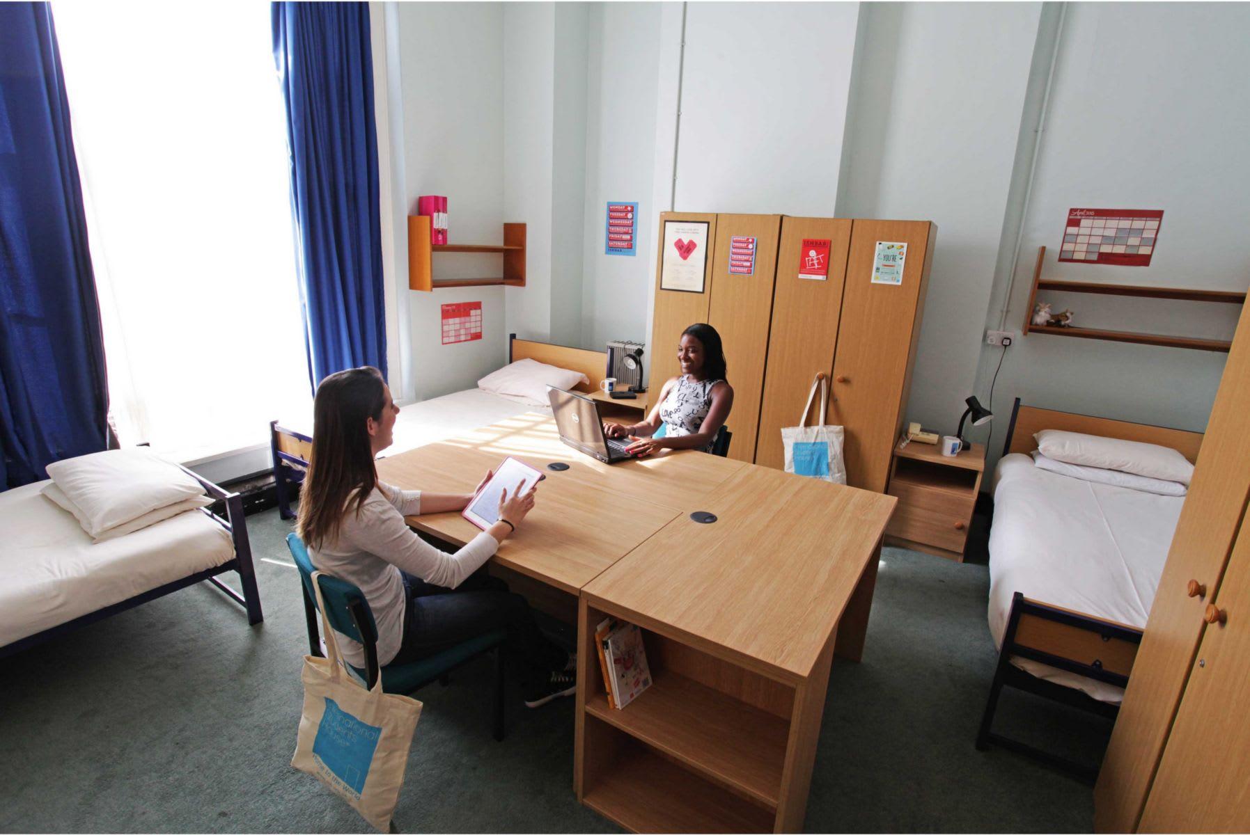 HOSTEL - International Students House