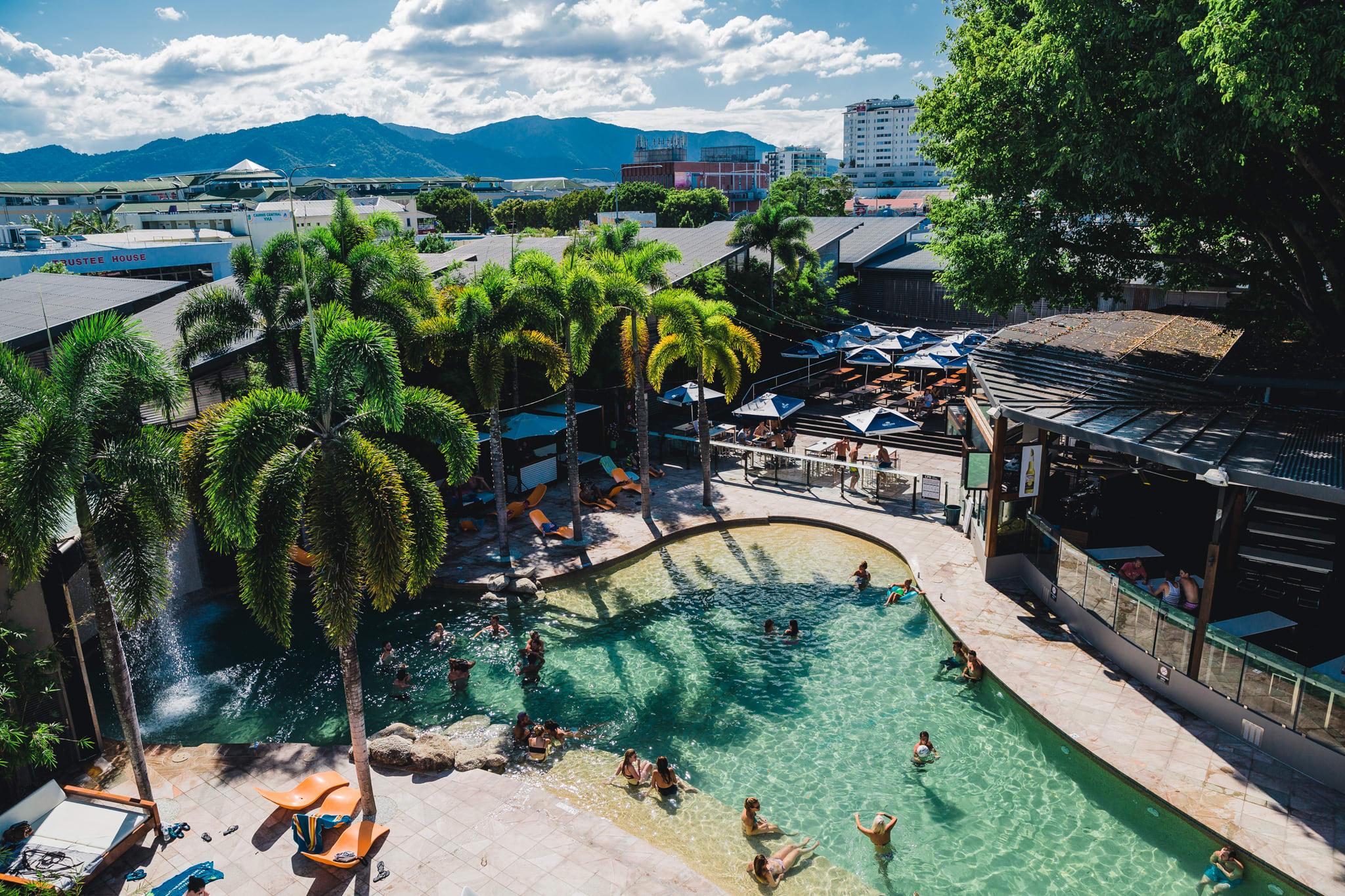 Gilligan's Backpacker Hotel & Resort Cairns