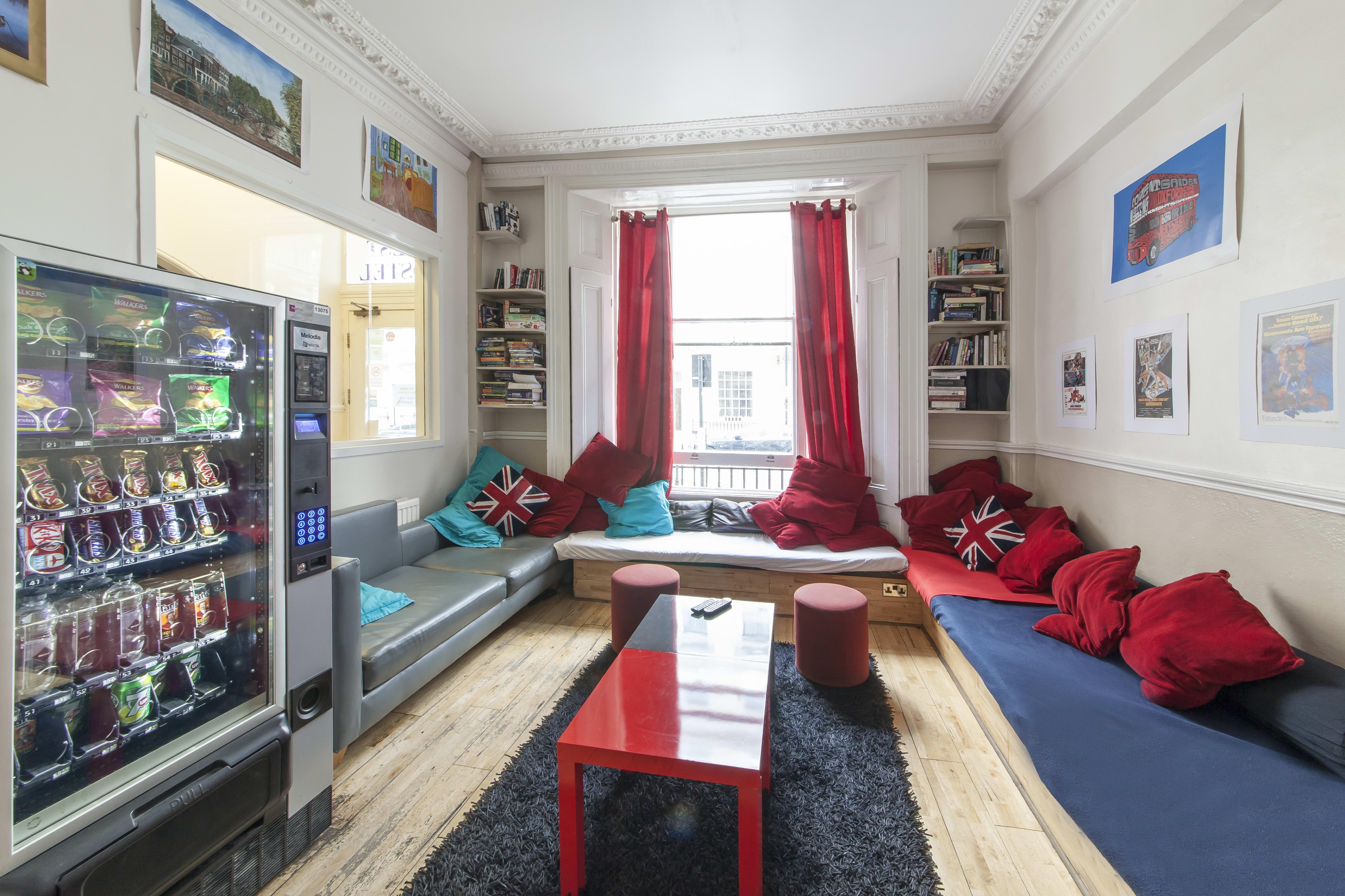 HOSTEL - Astor Kensington