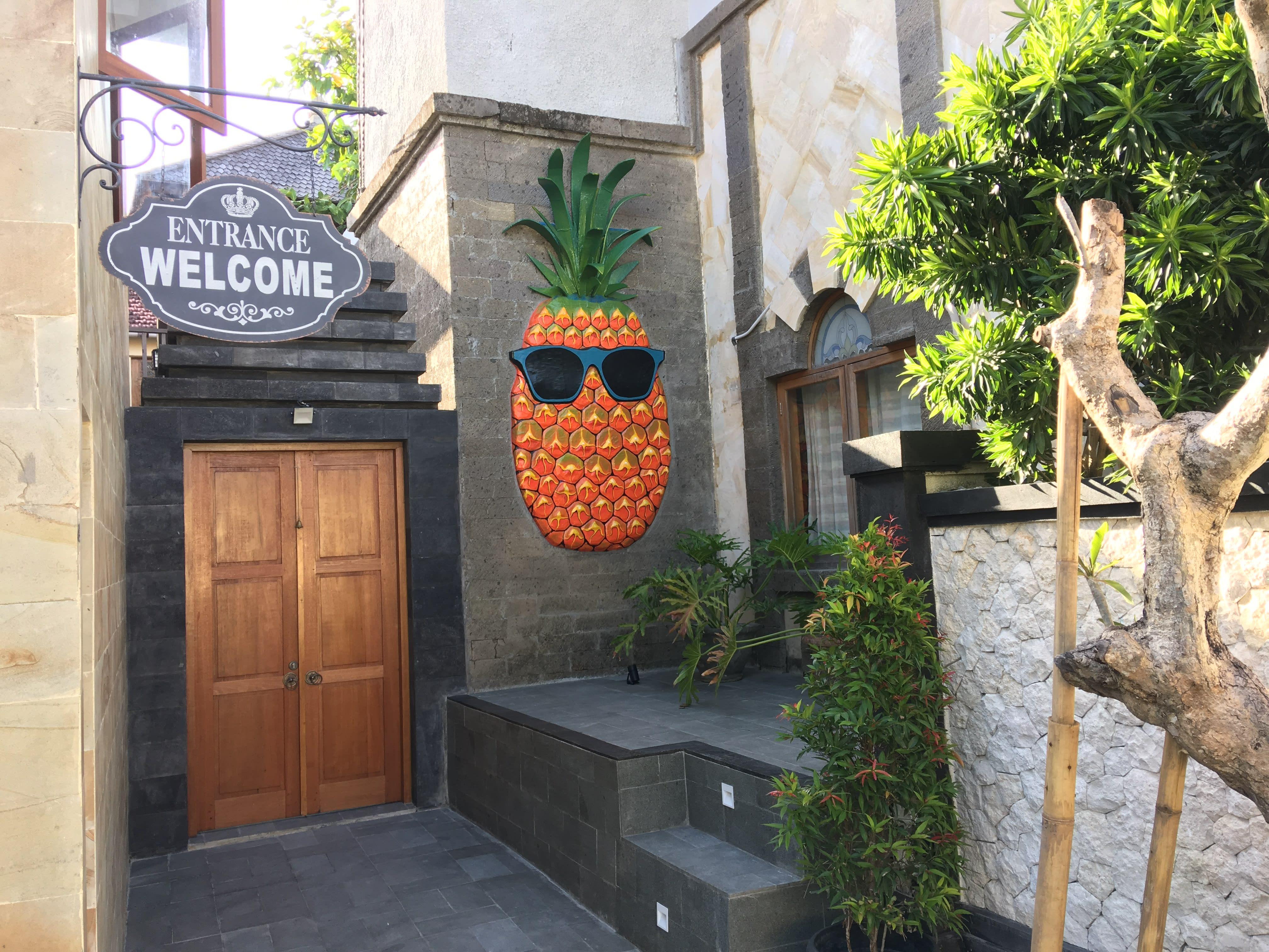 Big Pineapple Backpackers Bali