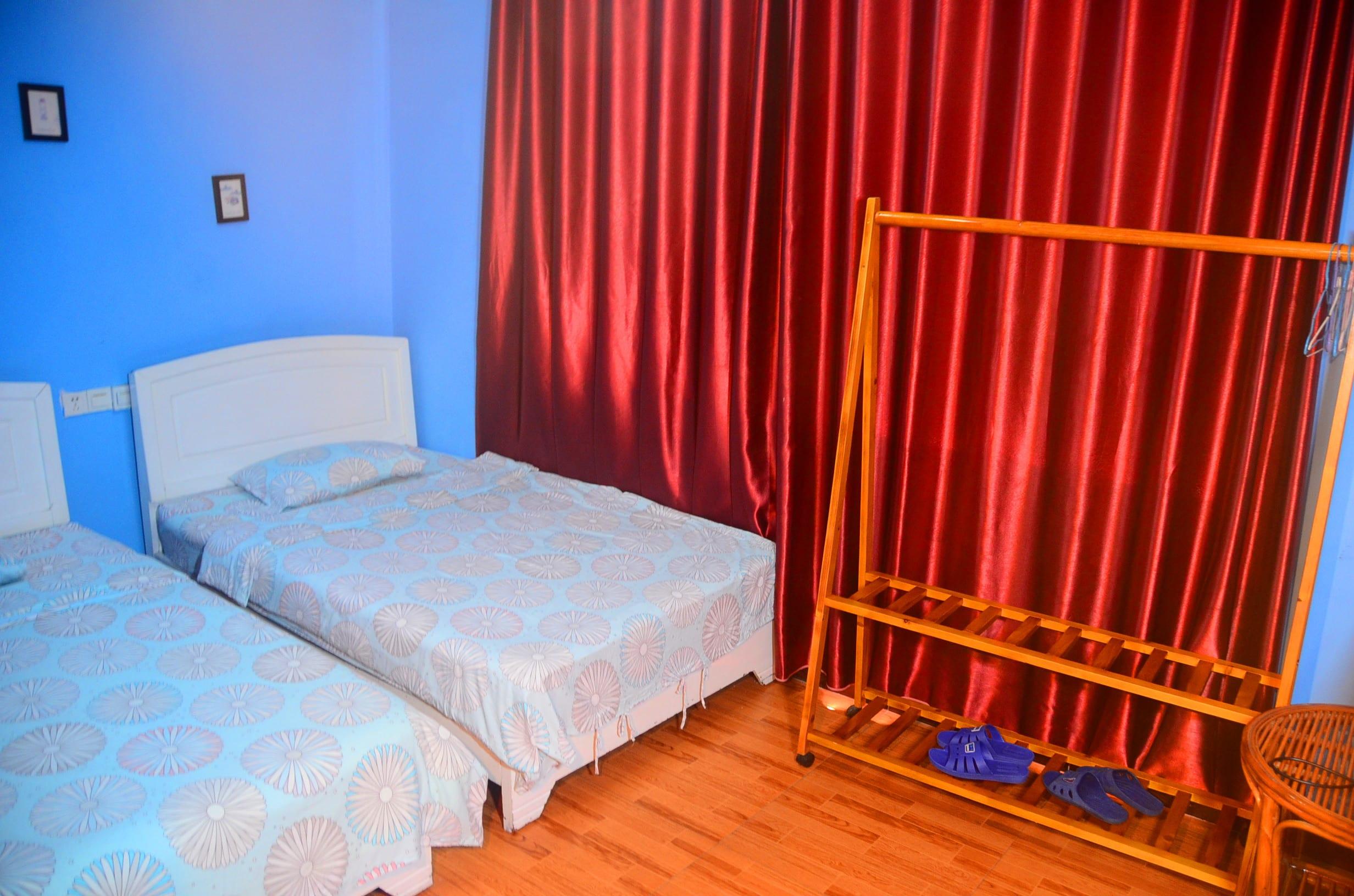 HOSTEL - En Attendant Godot Youth Hostel