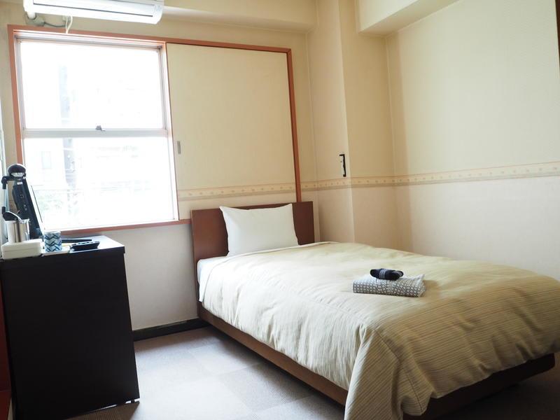 Oak Hostel
