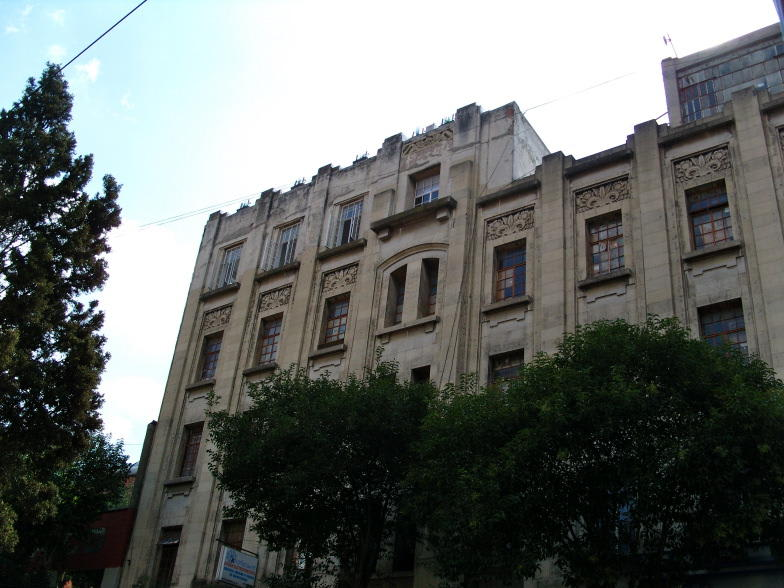 Massiosare El Hostel