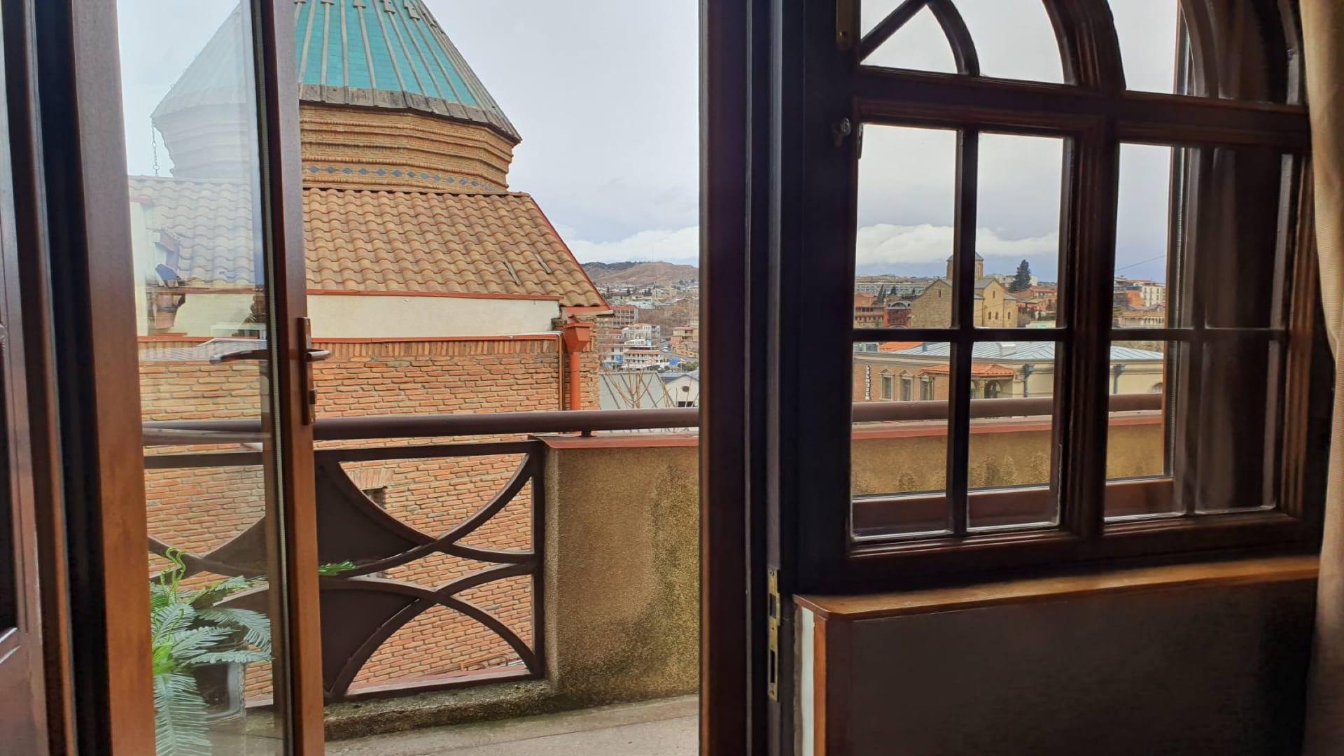 HOSTEL - Envoy Hostel Tbilisi