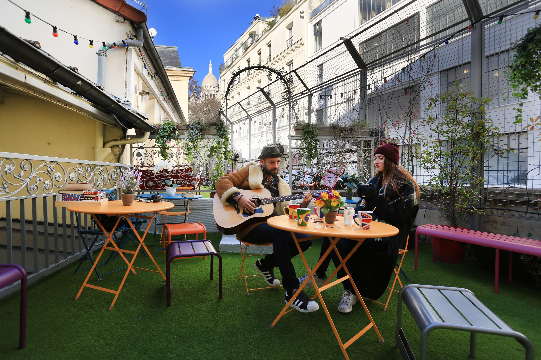 HOSTEL - Le Village Montmartre by Hiphophostels