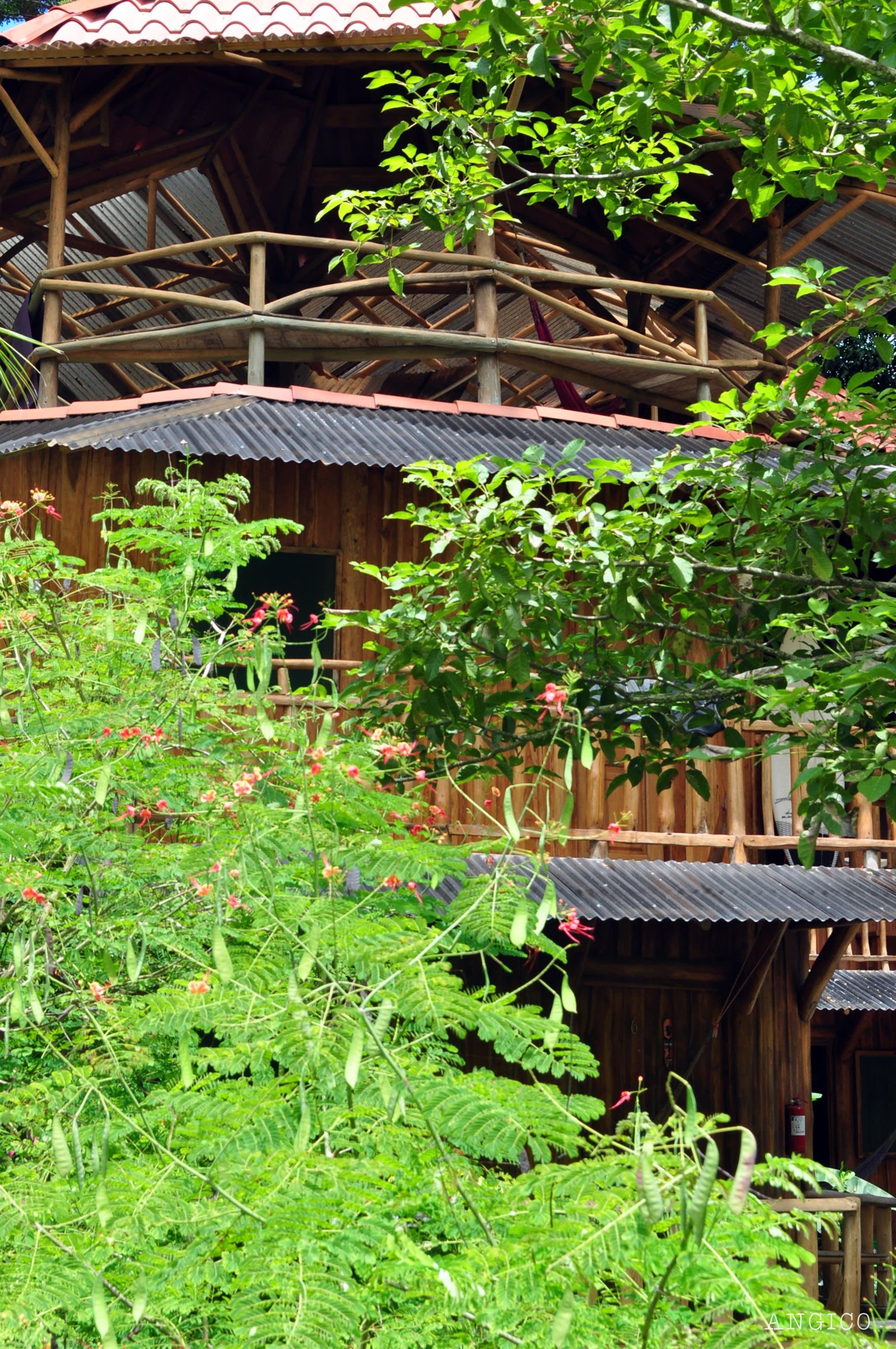 Don Jon*s Lodge and Restaurant