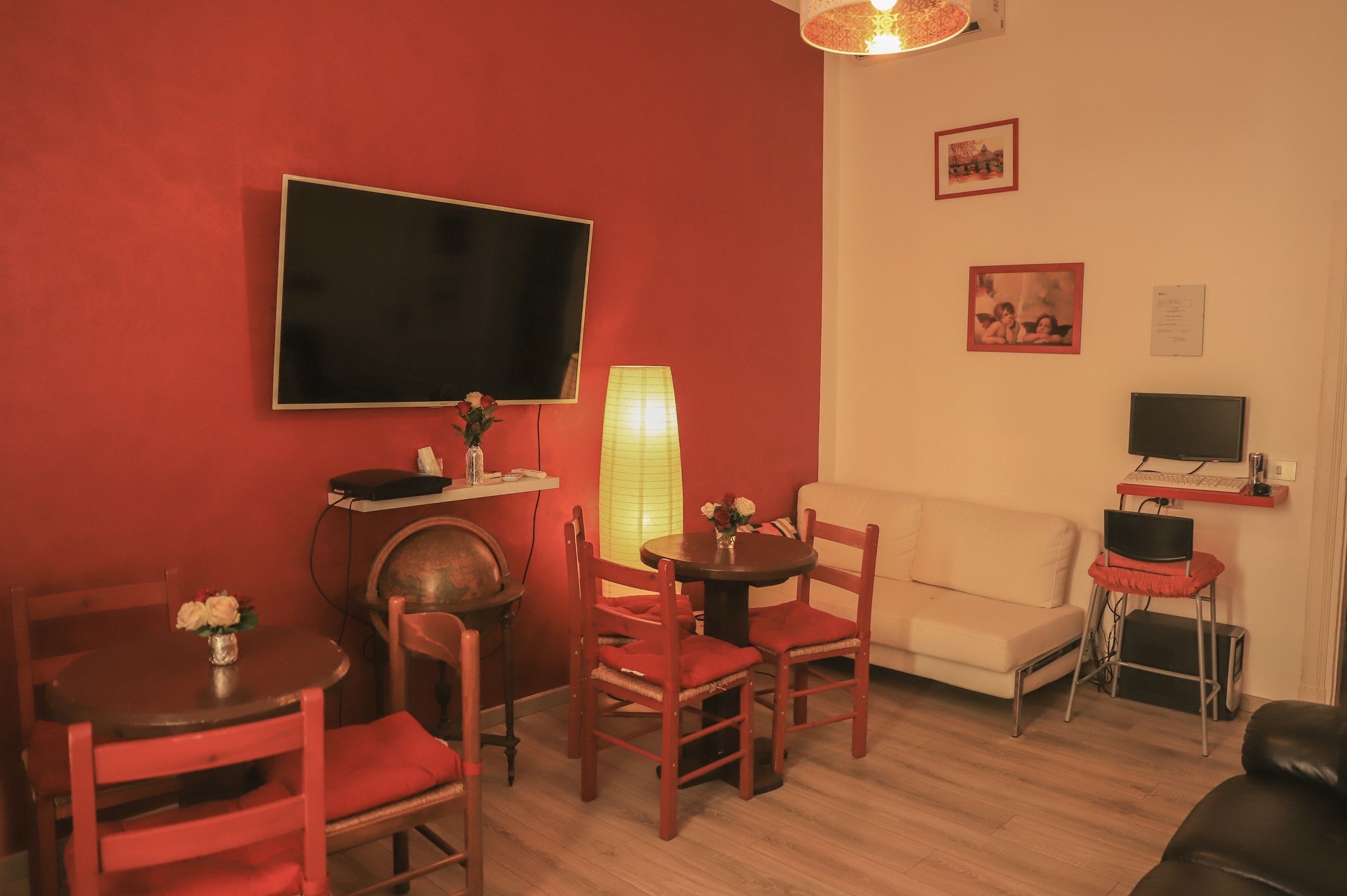 Roman Holidays Hostel