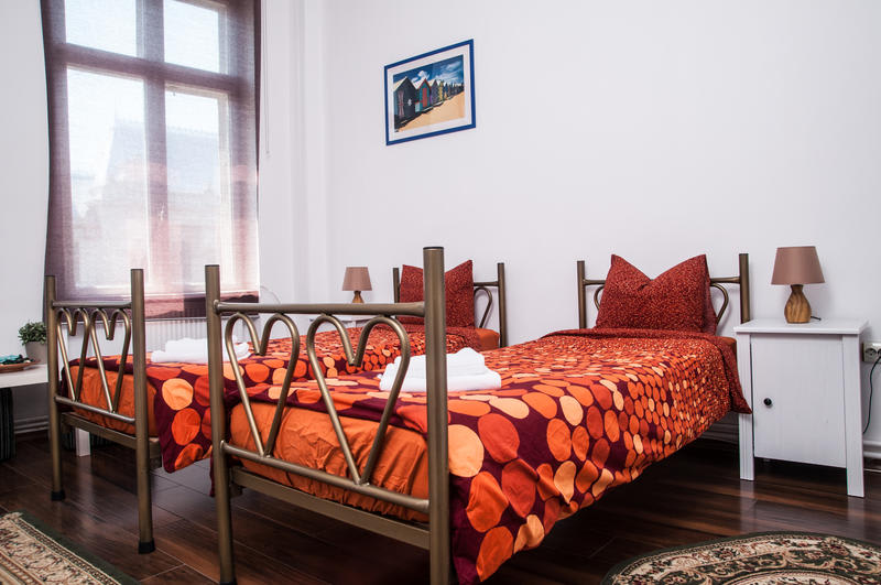 HOSTEL - Antique Hostel Bucharest