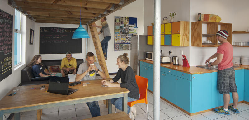 HOSTEL - Stoked Backpackers