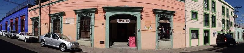 Plaza del Carmen Hostel
