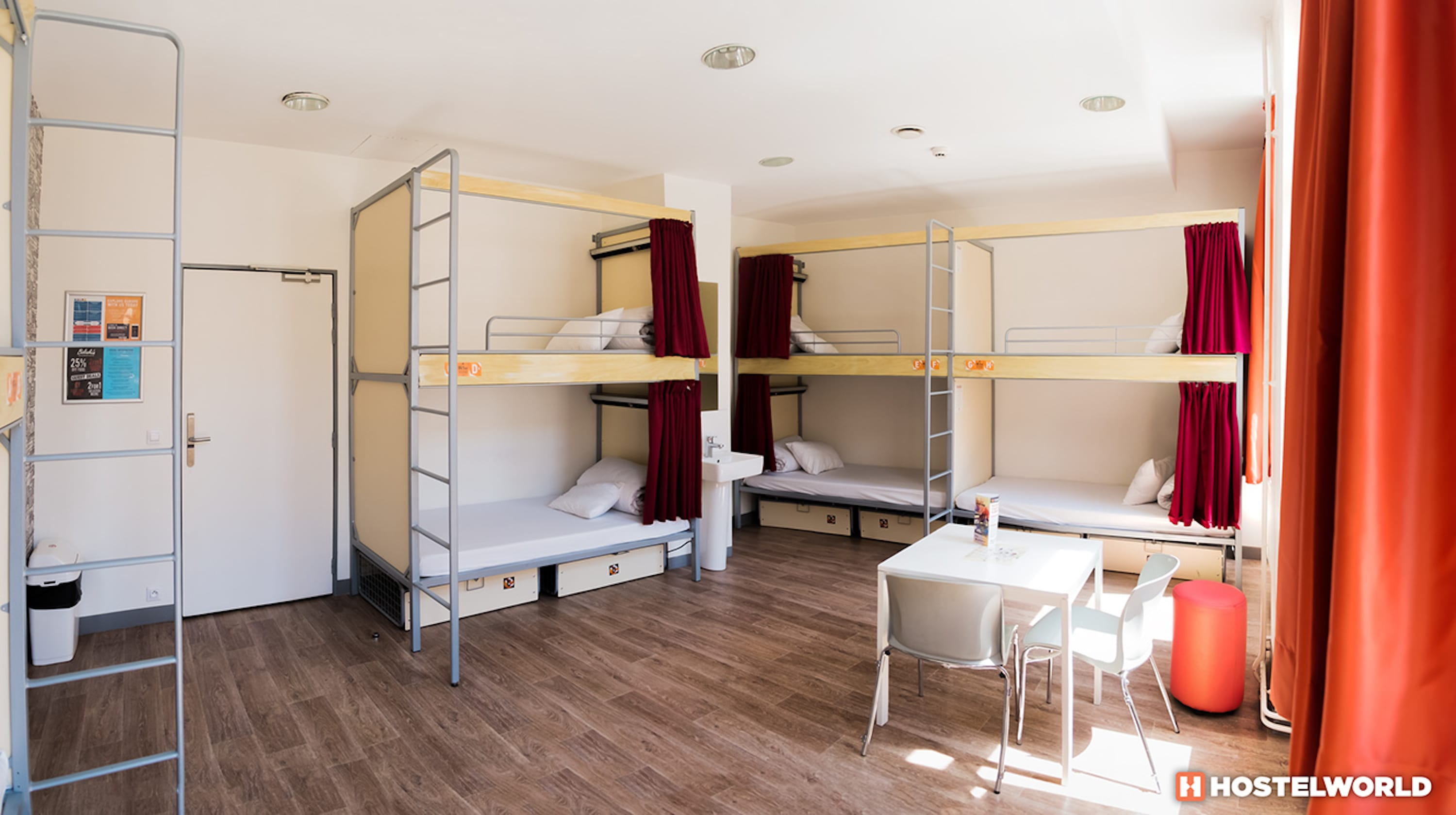 HOSTEL - St Christopher's Inn Gare du Nord