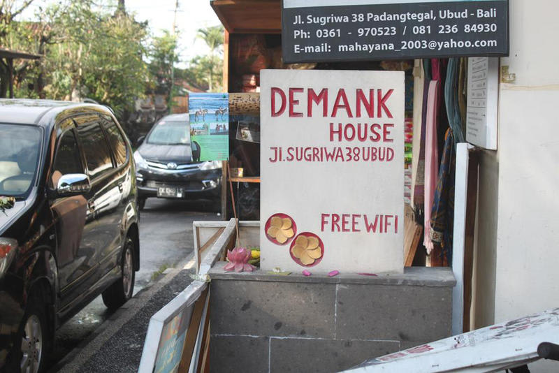 HOSTEL - Demank House