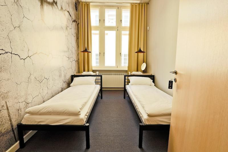 Sleep in hostel