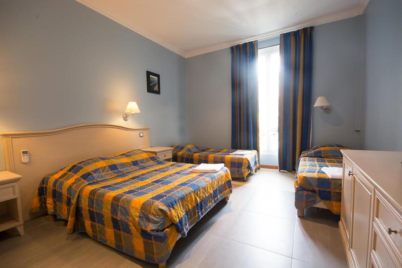 Hostel Baccarat