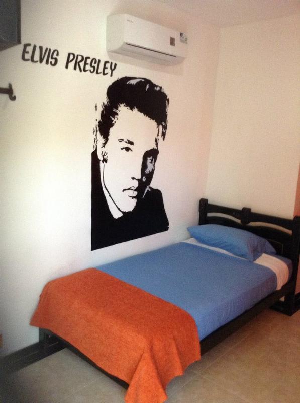 Zleeping Hostel