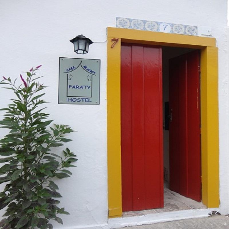 Casa Blanca Paraty Hostel