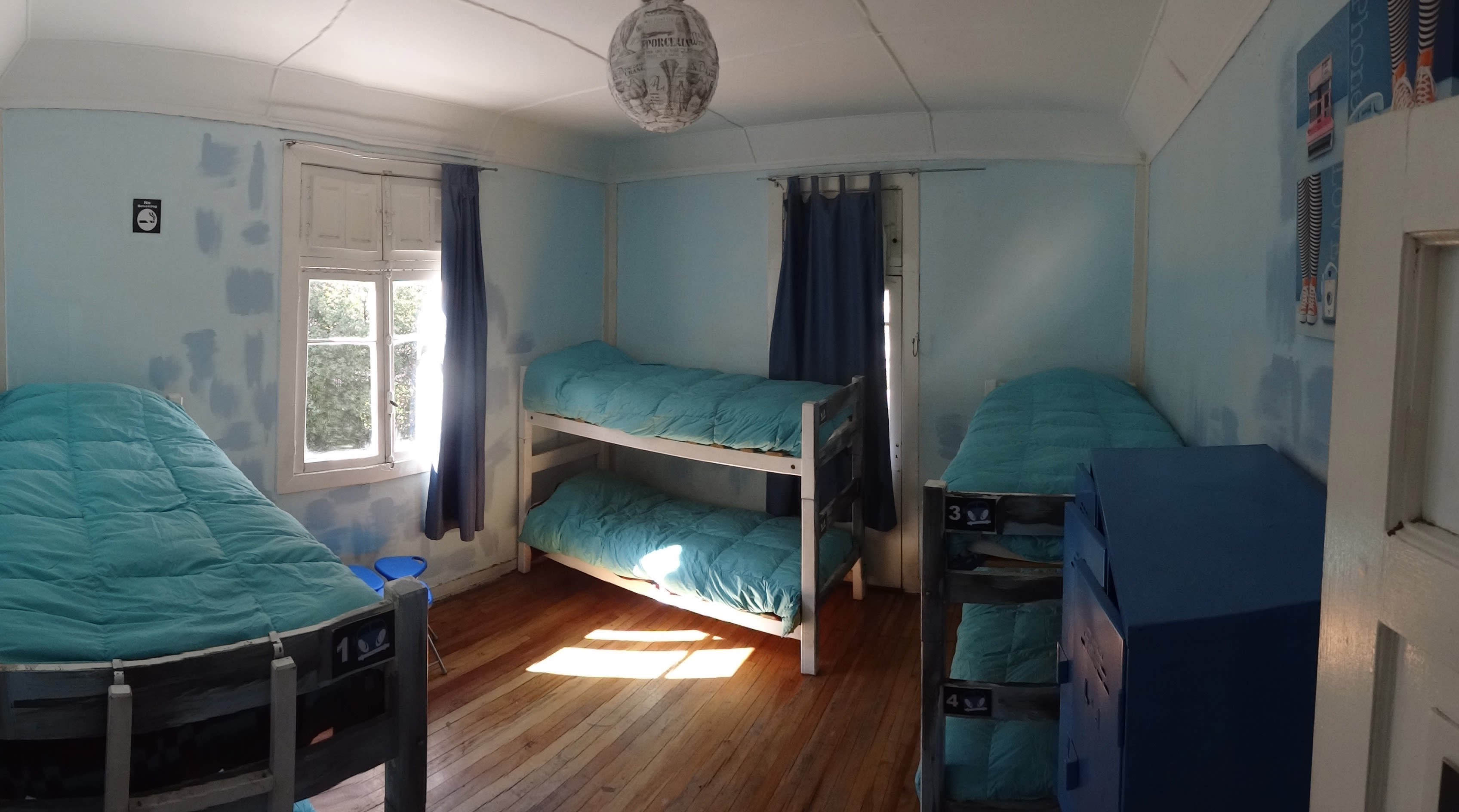 Kombi Hostel